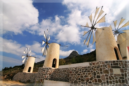 windmills-in-lasithi-plateau