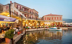 lesvos_cafes by the waterside