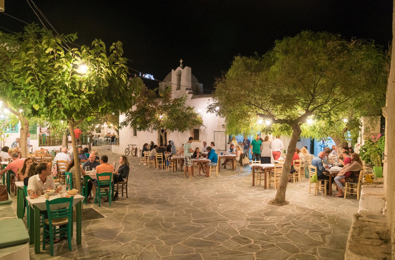 Folegandros_dining