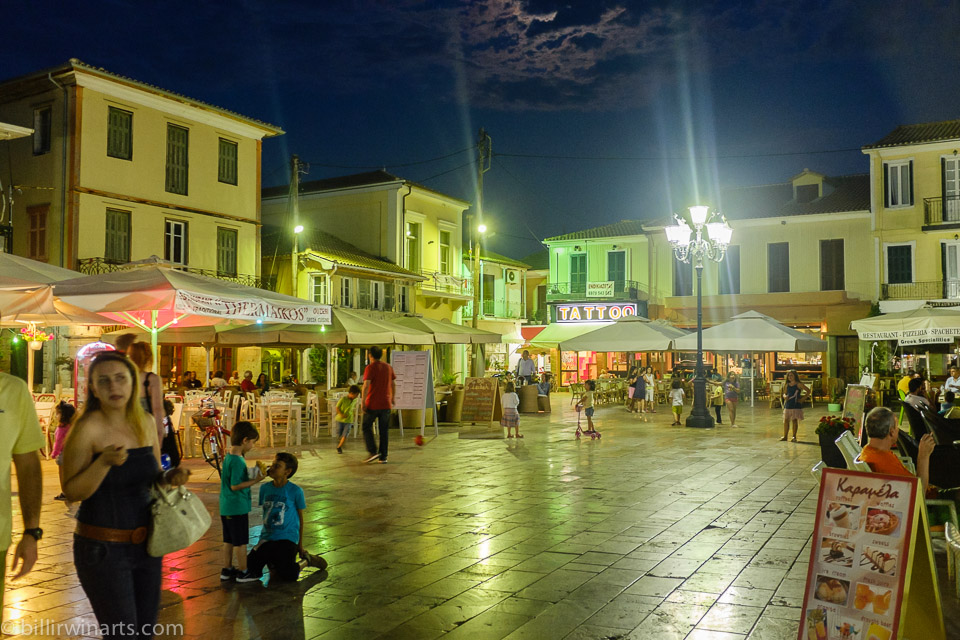 Lefkas town_night