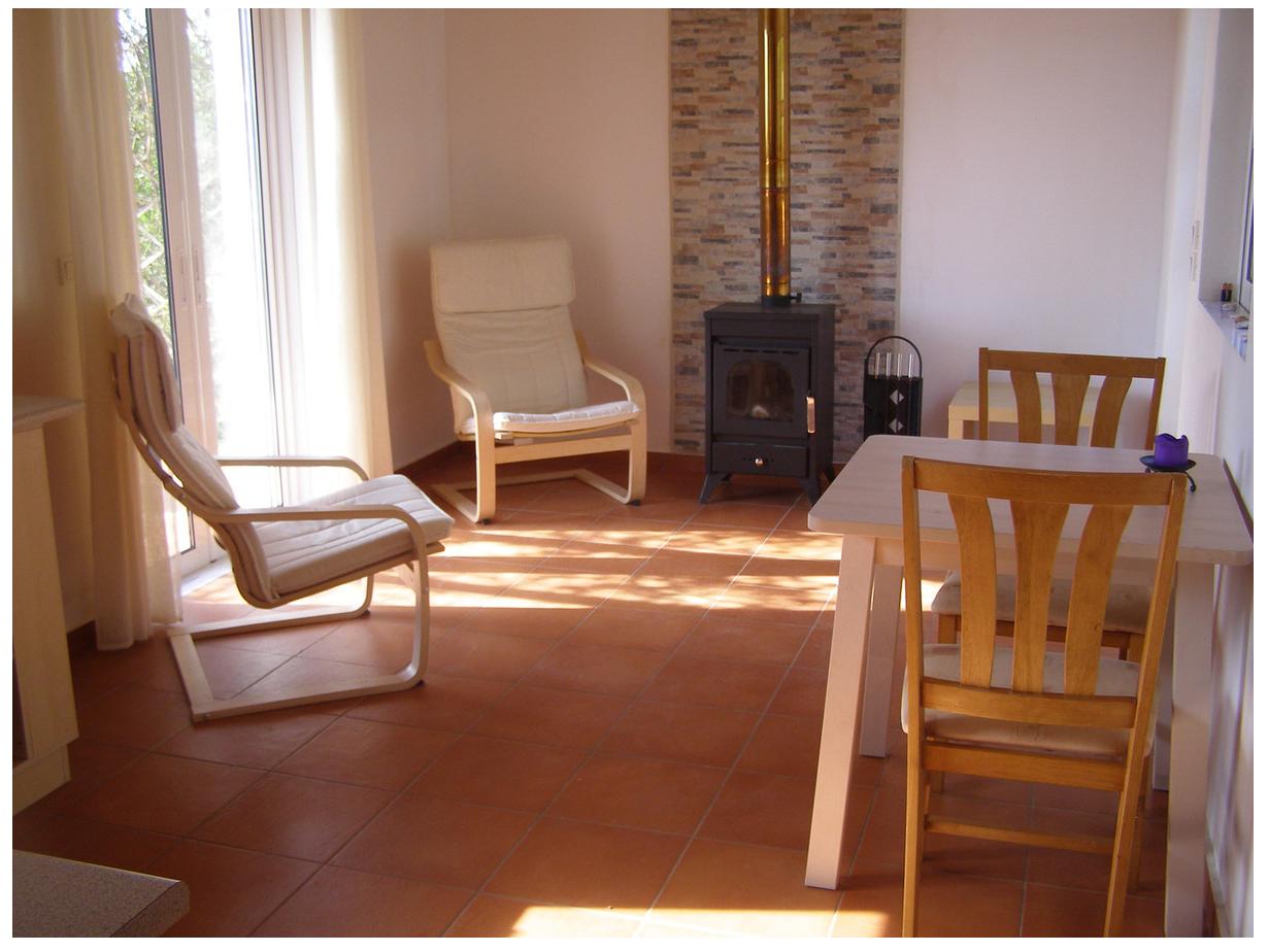 Living area of Seeka