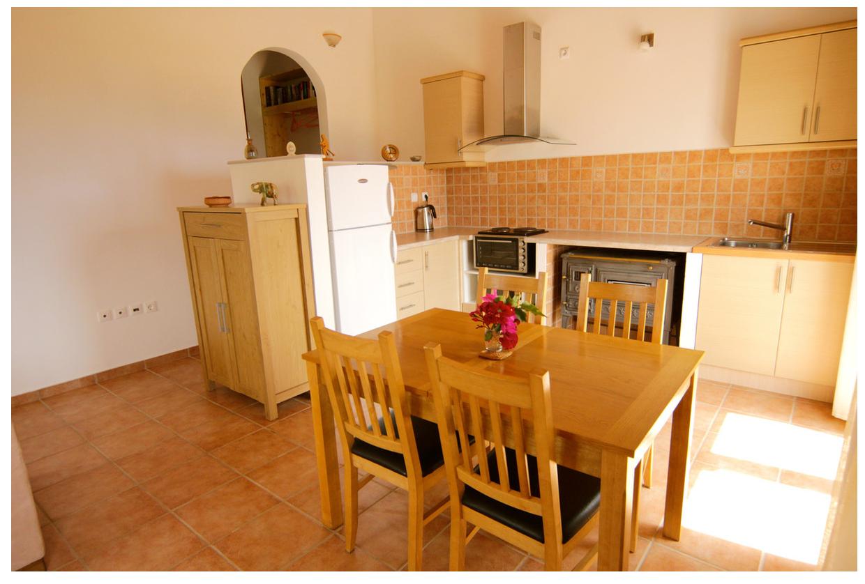 vIlla Elya kitchen