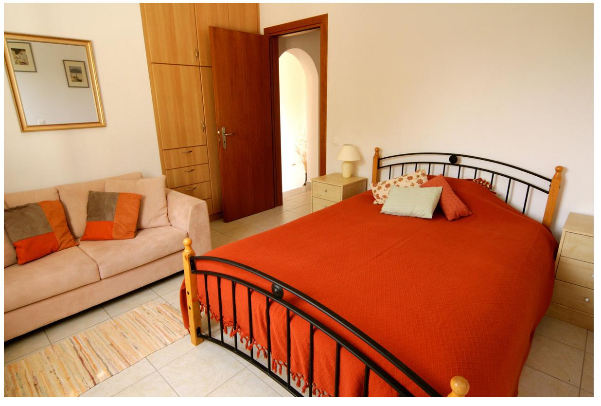 Bedroom of Dafni