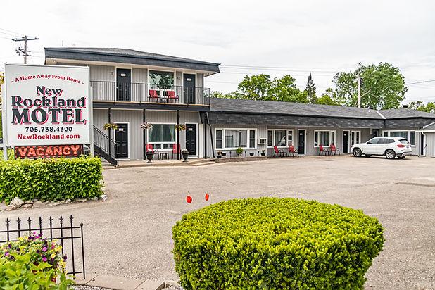 Exterior (Full Motel).jpg