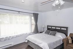 Room 3 - Queen Bed