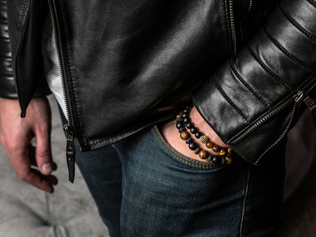 Bold and Refined: Tips for Wearing Men's Bracelets