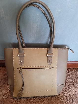 11 David Jones Vegan Leather Cream & Green