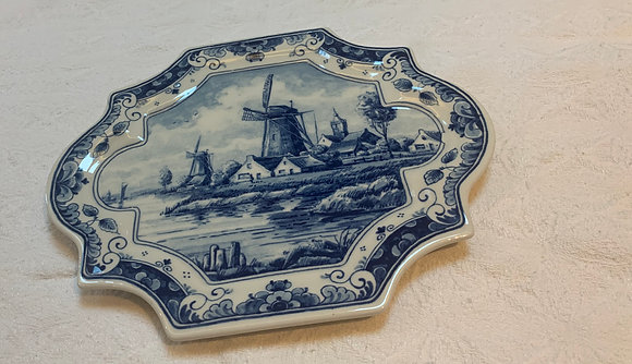 Blue Delft Decorative Plate