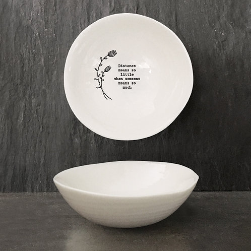 HEDGEROW BOWL MED - DISTANCE MEAN