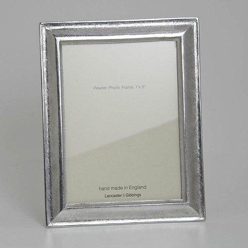 "HANDMADE CAST PEWTER PHOTO FRAME 7x5"""