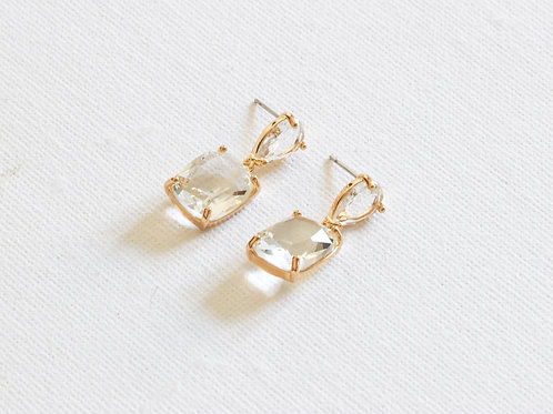 STONE CUTE LUXE EARRINGS IN CRYSTAL