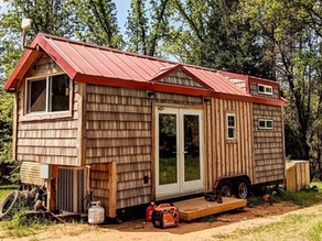 Fabulous Timber Framed construction 20K Tiny House, TIMELAPSE.