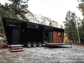 Gorgeous Tiny House with a 7 ft mud room entry features.