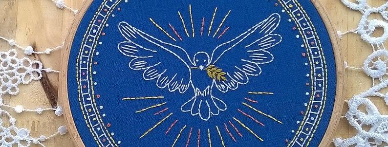 Kit de broderie traditionnelle - colombe de la paix - bleu