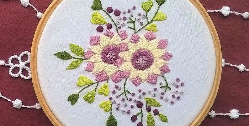 Kit de broderie traditionnelle - bouquet mauve