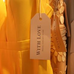 With Love Etiketten.