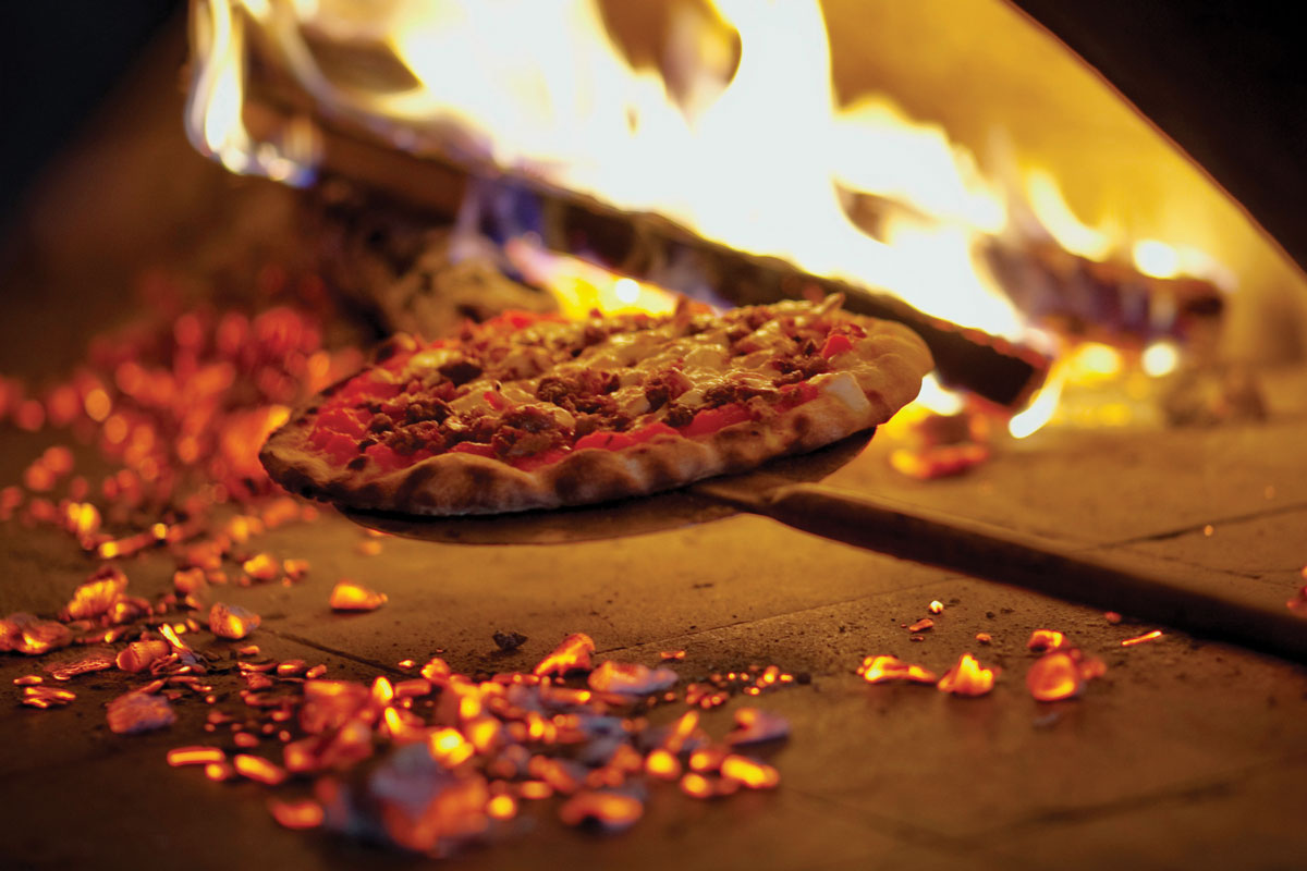 WOOD-FIRED PIZZA BLAKEMERE SOCIAL