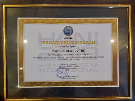 PT. ATMINDO Tbk Menerima Penghargaan dari Badan Narkotika Nasional (BNN) Kabupaten Deli Serdang