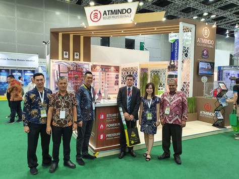 Lively atmosphere of visitors and customers at booth of PT. Atmindo Tbk MPOB INTERNATIONAL PALM OIL