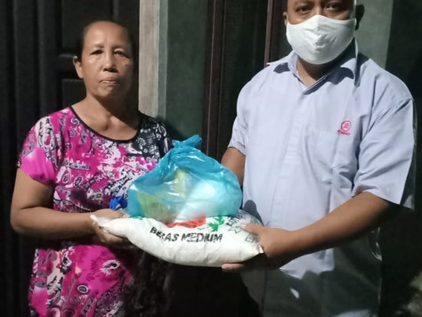 Bantuan Sembako Kepada Masyarakat yang Terdampak Wabah Pandemic COVID - 19.