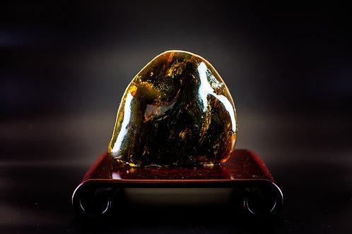 K034  天然緬甸琥珀原石擺件 534g         RMB3268.00