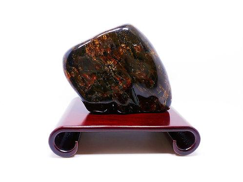 K057  天然緬甸琥珀原石擺件 758g     RMB4798.00