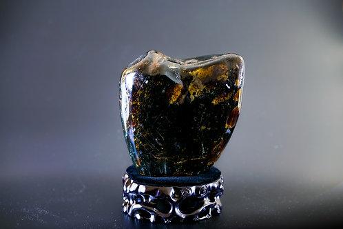 K006  天然緬甸琥珀原石擺件 980g     RMB5998.00
