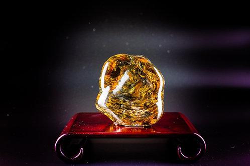 K017  天然緬甸琥珀原石擺件 417g      RMB2548.00