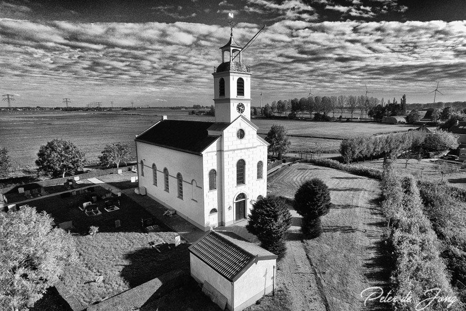 Witte Kerk Simonshaven-0228BW.jpg