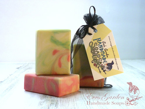 Cucumber & Melon Hand Bar