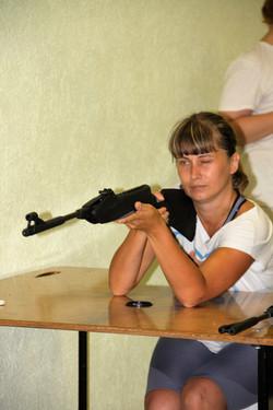 Стрельба из пневматической винтовки