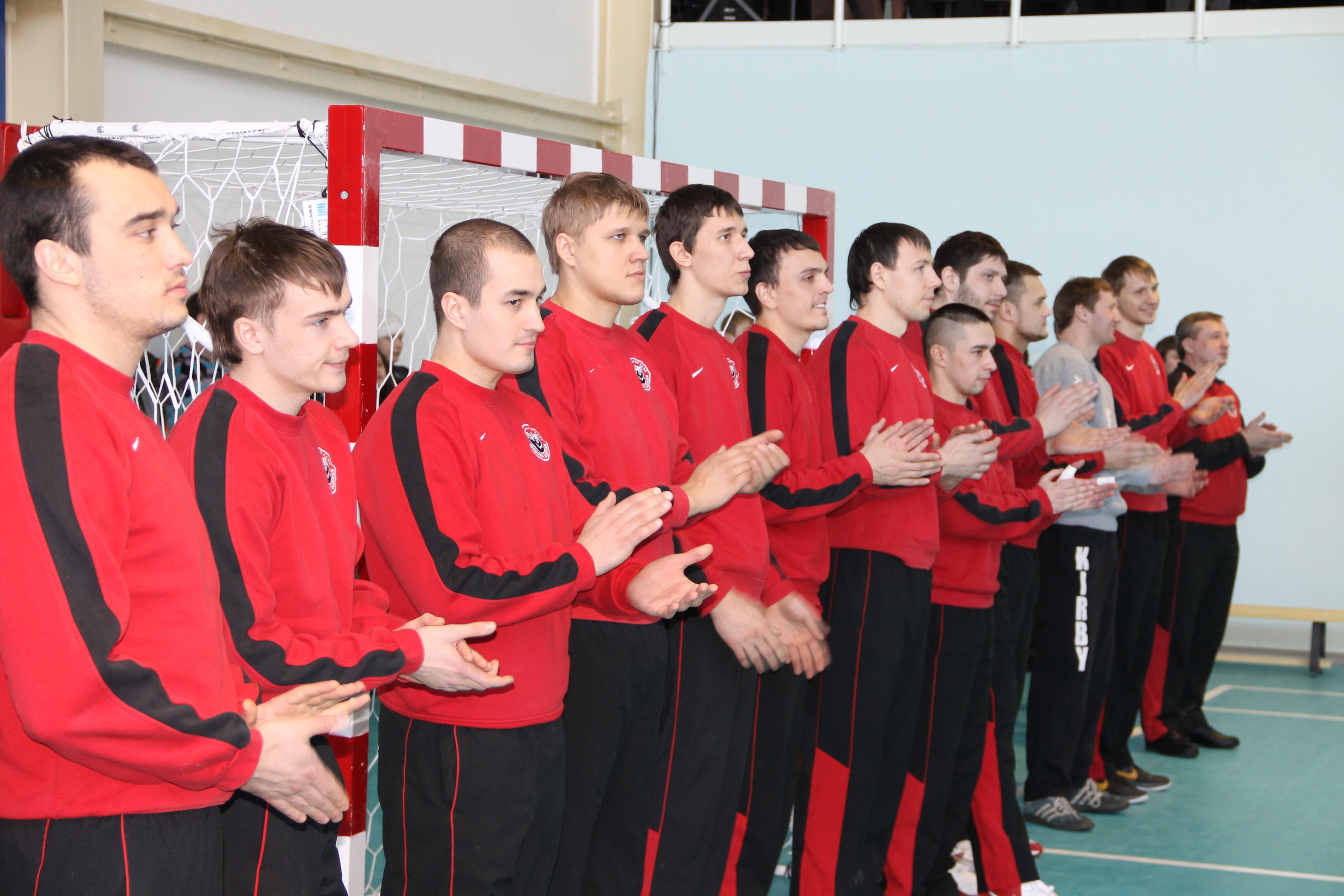 Гандбольная команда пермские медведи, 2012г.