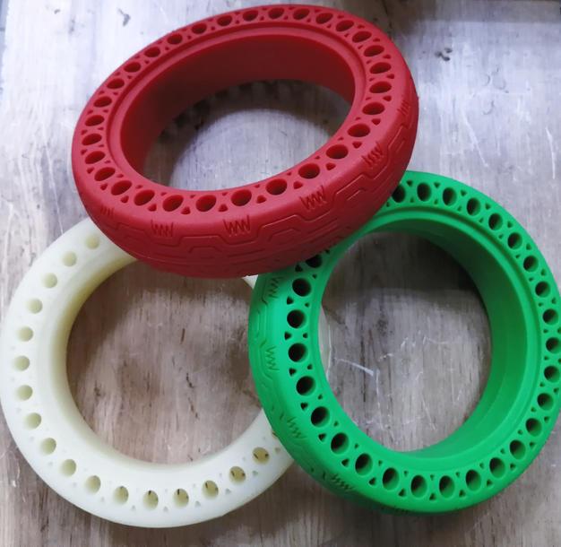 """Мягкая литая резина 8,5"""" износостойкая  синий, красный, желтый, зеленый"""