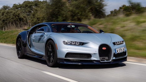 2017-bugatti-chiron-first-drive.jpg