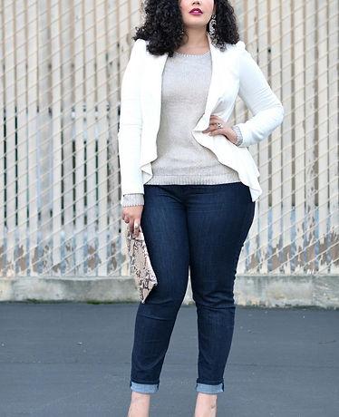 curvy-women-jeans-3.jpg
