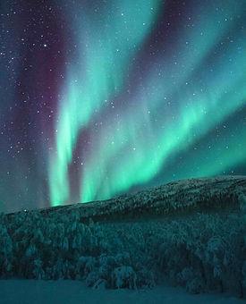 aurores_boréales_montagne2.jpg