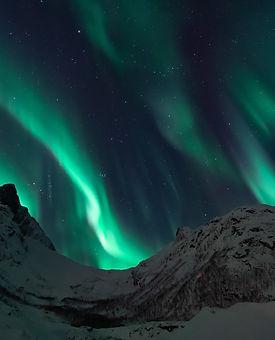 aurores_boréales_montagne.jpg