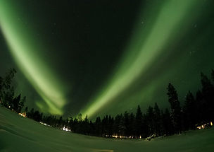 northern-lights-1987456_1280.jpg