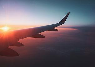 avion_coucher_soleil_ciel