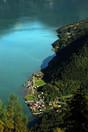 fjord_eau_vue_montagne.jpg