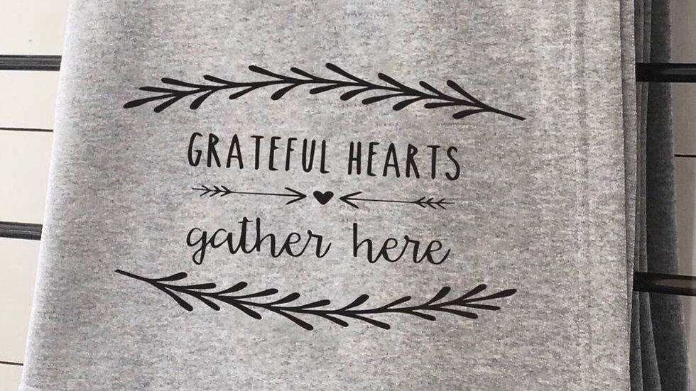 Grateful hearts sweatshirt blanket