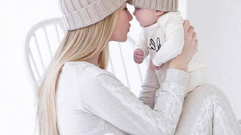 Mommy and me Pom beanies set