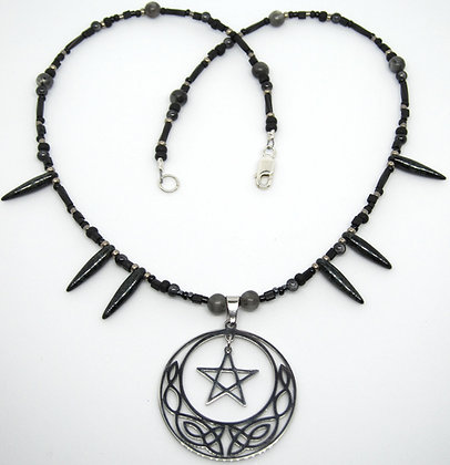 Celtic Moon Pent w/Black Labradorite (Larvikite)