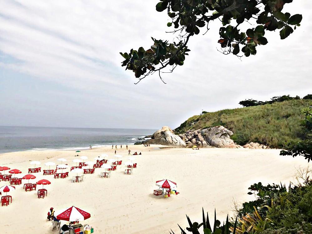 A Praia de Camboinhas tem 2.600m de extensão e é deslumbrante
