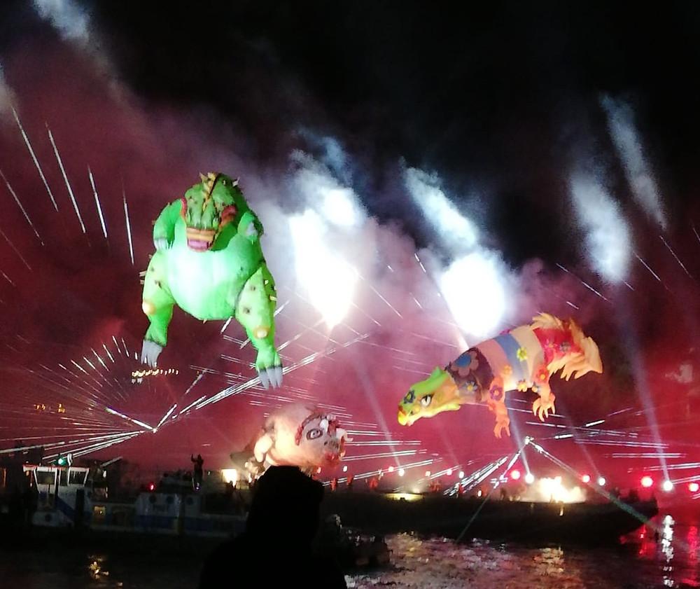 Dragões e Fogos de artifício na Parada Smoków