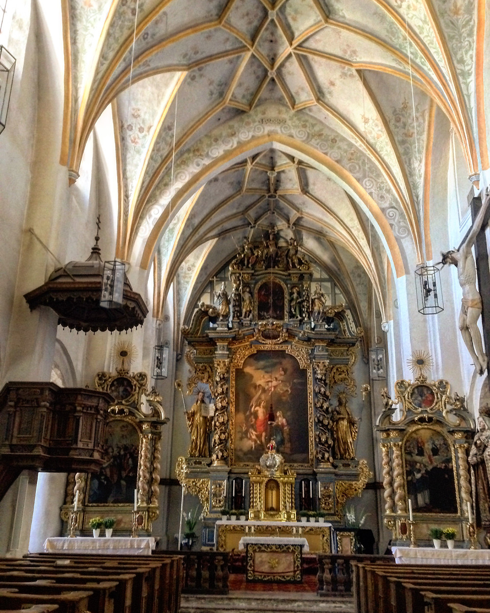 Altar-mor da igreja Marienmünster na Ilha das Mulheres