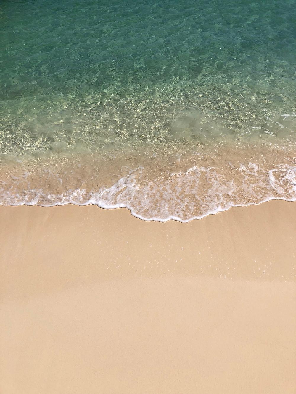 Águas cristalinas no Caribe