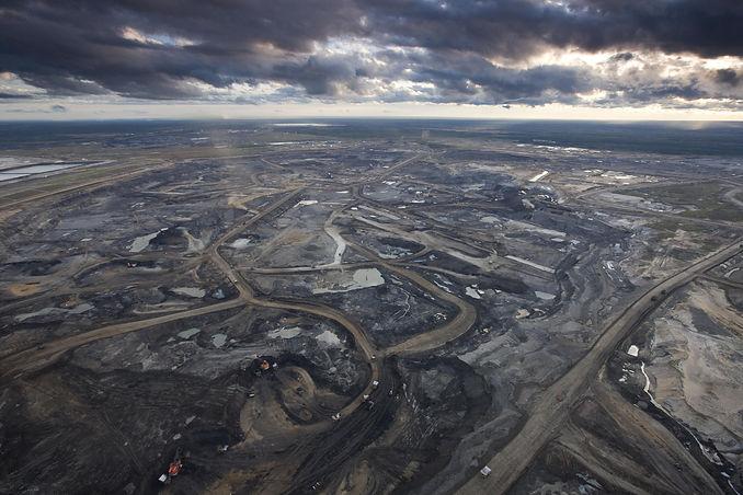 Oil-Sands-EnvironmentalDefence.jpg