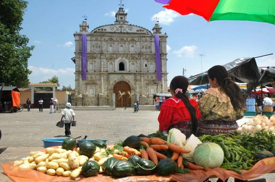 Plaza de Zacualpa, Quiché.jpg