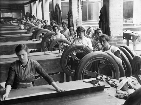 Female workers in a rubber factory in Lancashire, UK September 1918